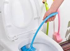 تنظيف ملحقات الحمام